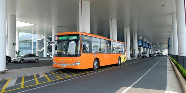 Đi xe bus từ ga Hà Nội đến sân bay Nội Bài