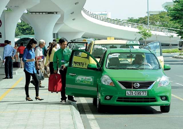 Mặc cả giá trước khi lên xe Hà Nội - Thái Nguyên