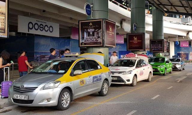 quan sát trước khi lên xe Hà Nội - Tuyên Quang