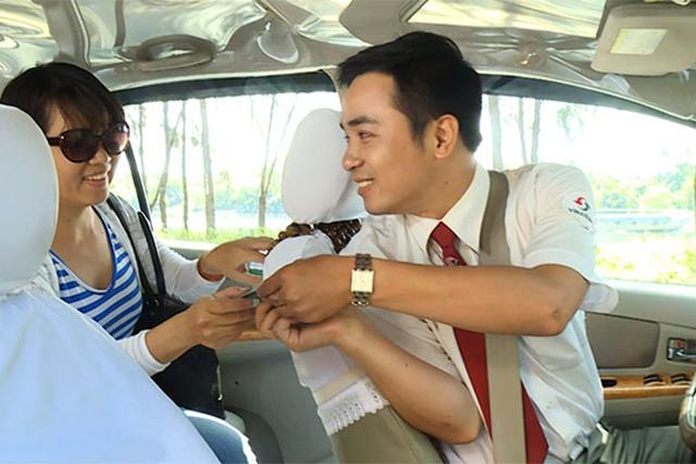 Trả giá trước khi lên xe Hà Nội - Vĩnh Phúc