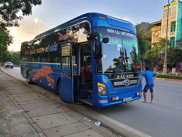 xe khách Hà Nội - Sơn La