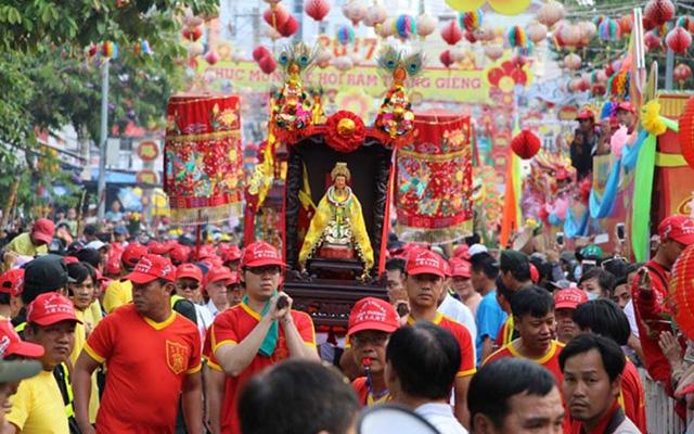 Lễ hội Bà Thiên Hậu