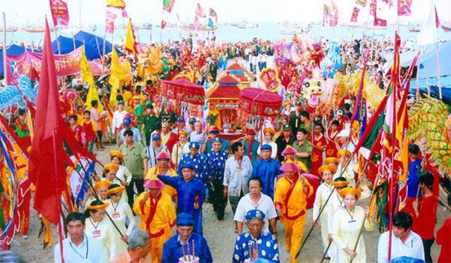 Lễ hội Dinh Cô