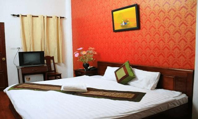 khách sạn Hồ Hoàn Kiếm