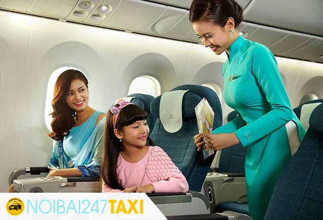 Những vật dụng cần chuẩn bị khi có trẻ em đi máy bay