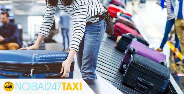 Lấy hành lý khi xuống máy bay